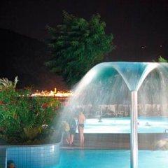 Отель Camping Villaggio Isolino Италия, Вербания - отзывы, цены и фото номеров - забронировать отель Camping Villaggio Isolino онлайн бассейн фото 2