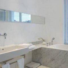 Отель B&B Lenoir 96 ванная фото 2