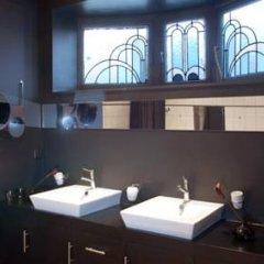 Отель B&B Lenoir 96 ванная
