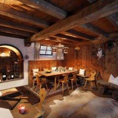 Отель Garni Pension Claudia Силандро гостиничный бар