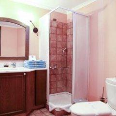Отель Pinepark Holiday Club ванная фото 2