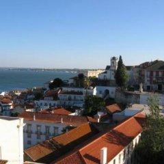 Отель Rent4days Oliveirinha Apartments Португалия, Лиссабон - отзывы, цены и фото номеров - забронировать отель Rent4days Oliveirinha Apartments онлайн пляж