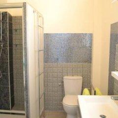 Отель Centragence - Le Voltaire Франция, Ницца - отзывы, цены и фото номеров - забронировать отель Centragence - Le Voltaire онлайн ванная