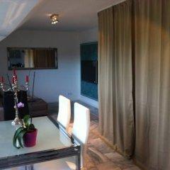 Отель Downtown Maisonette Кёльн комната для гостей фото 4