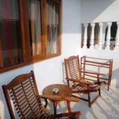 Отель Ypsylon Tourist Resort Шри-Ланка, Берувела - отзывы, цены и фото номеров - забронировать отель Ypsylon Tourist Resort онлайн балкон