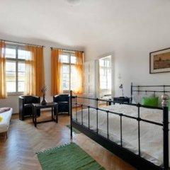 Апартаменты Ostrovní Apartment Прага комната для гостей фото 5