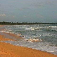 Отель Lotus Villa Шри-Ланка, Ахунгалла - отзывы, цены и фото номеров - забронировать отель Lotus Villa онлайн пляж