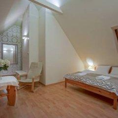 Отель Jawor Pokoje i Apartamenty комната для гостей фото 4