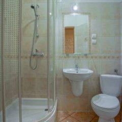 Отель Jawor Pokoje i Apartamenty ванная