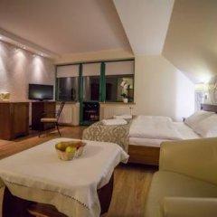 Отель Jawor Pokoje i Apartamenty комната для гостей фото 3