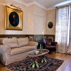 Отель Studios Paris Appartement Louis XIV Франция, Париж - отзывы, цены и фото номеров - забронировать отель Studios Paris Appartement Louis XIV онлайн комната для гостей