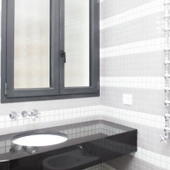 Отель Seminario Deluxe apartament Италия, Рим - отзывы, цены и фото номеров - забронировать отель Seminario Deluxe apartament онлайн ванная фото 2