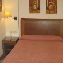 Отель Hostal Bahia Испания, Сан-Себастьян - отзывы, цены и фото номеров - забронировать отель Hostal Bahia онлайн комната для гостей фото 5