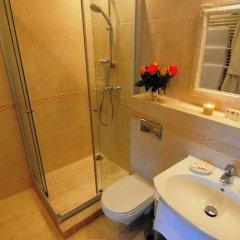 Отель Rowing Hotel - Academia Remigum Литва, Тракай - отзывы, цены и фото номеров - забронировать отель Rowing Hotel - Academia Remigum онлайн ванная