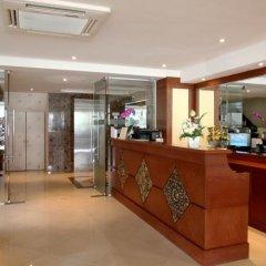 Отель Rayaburi Beach Club интерьер отеля