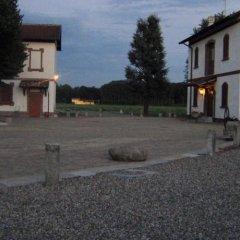 Отель Cascina Salazzara Маджента парковка