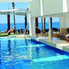 Alexander The Great Beach Hotel бассейн
