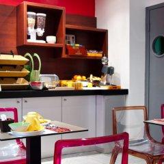Отель Ibis Styles Pigalle Montmartre Париж питание фото 3