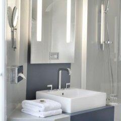 Отель Bassano Франция, Париж - отзывы, цены и фото номеров - забронировать отель Bassano онлайн ванная