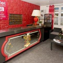 Отель Hipotel Paris Belleville Pyrenees Париж интерьер отеля фото 3