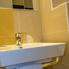 Отель Brit Hôtel Abc Champerret ванная фото 2