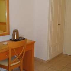 Отель Atlantis Hotel Греция, Остров Санторини - отзывы, цены и фото номеров - забронировать отель Atlantis Hotel онлайн удобства в номере фото 2