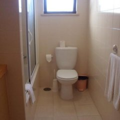 Отель Jardins da Falesia ванная фото 2