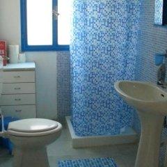Отель Holiday home Riserva Marina Protetta Италия, Сиракуза - отзывы, цены и фото номеров - забронировать отель Holiday home Riserva Marina Protetta онлайн ванная фото 2