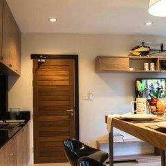 Апартаменты Byg Boutique Service Apartment At Kamala в номере