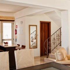 Отель 28 Athena Beach Villa в номере фото 2