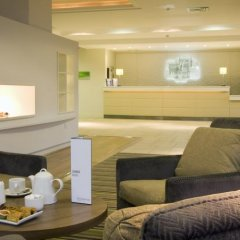 Отель Holiday Inn Stevenage спа фото 2