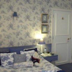 Отель Colindale Guest House комната для гостей