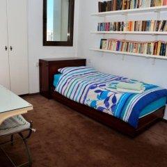Апартаменты Ziv Apartments - Brasil 1 Тель-Авив комната для гостей фото 4