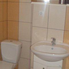 Гостиница De Lisandru Украина, Трускавец - отзывы, цены и фото номеров - забронировать гостиницу De Lisandru онлайн ванная