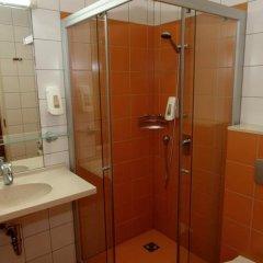 Отель Info Hotel Литва, Паланга - отзывы, цены и фото номеров - забронировать отель Info Hotel онлайн ванная