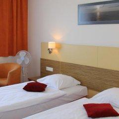 Отель Info Hotel Литва, Паланга - отзывы, цены и фото номеров - забронировать отель Info Hotel онлайн комната для гостей фото 3