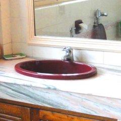 Отель Shahanshah International Непал, Катманду - отзывы, цены и фото номеров - забронировать отель Shahanshah International онлайн ванная