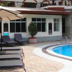 Отель Shahanshah International Непал, Катманду - отзывы, цены и фото номеров - забронировать отель Shahanshah International онлайн бассейн фото 2
