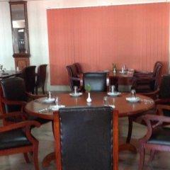 Отель Shahanshah International Непал, Катманду - отзывы, цены и фото номеров - забронировать отель Shahanshah International онлайн питание фото 2