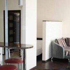 Апартаменты Apartments near the sea in the center комната для гостей фото 4