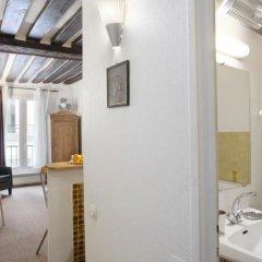 Отель Locappart Quincampoix Париж ванная фото 2