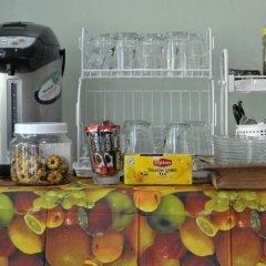 Отель Karon Thira Guesthouse питание