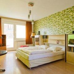 Отель OSTEL - Das DDR Hostel Германия, Берлин - 3 отзыва об отеле, цены и фото номеров - забронировать отель OSTEL - Das DDR Hostel онлайн комната для гостей