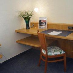 Отель Kölbl Германия, Унтерхахинг - отзывы, цены и фото номеров - забронировать отель Kölbl онлайн удобства в номере