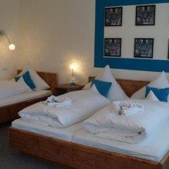 Отель Kölbl Германия, Унтерхахинг - отзывы, цены и фото номеров - забронировать отель Kölbl онлайн комната для гостей фото 6