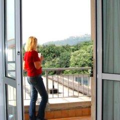 Отель Columbia Италия, Абано-Терме - отзывы, цены и фото номеров - забронировать отель Columbia онлайн балкон