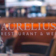 Hotel Marc Aurel бассейн