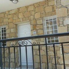 Отель Valentinos Villa Кипр, Протарас - отзывы, цены и фото номеров - забронировать отель Valentinos Villa онлайн балкон