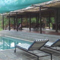 Отель Cadjan Wild бассейн