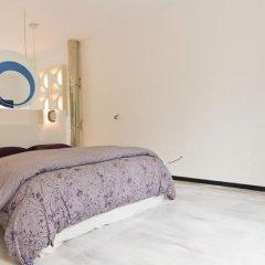 Отель Studios Paris Bed & Breakfast Le Jardin de Montmartre Париж комната для гостей фото 4